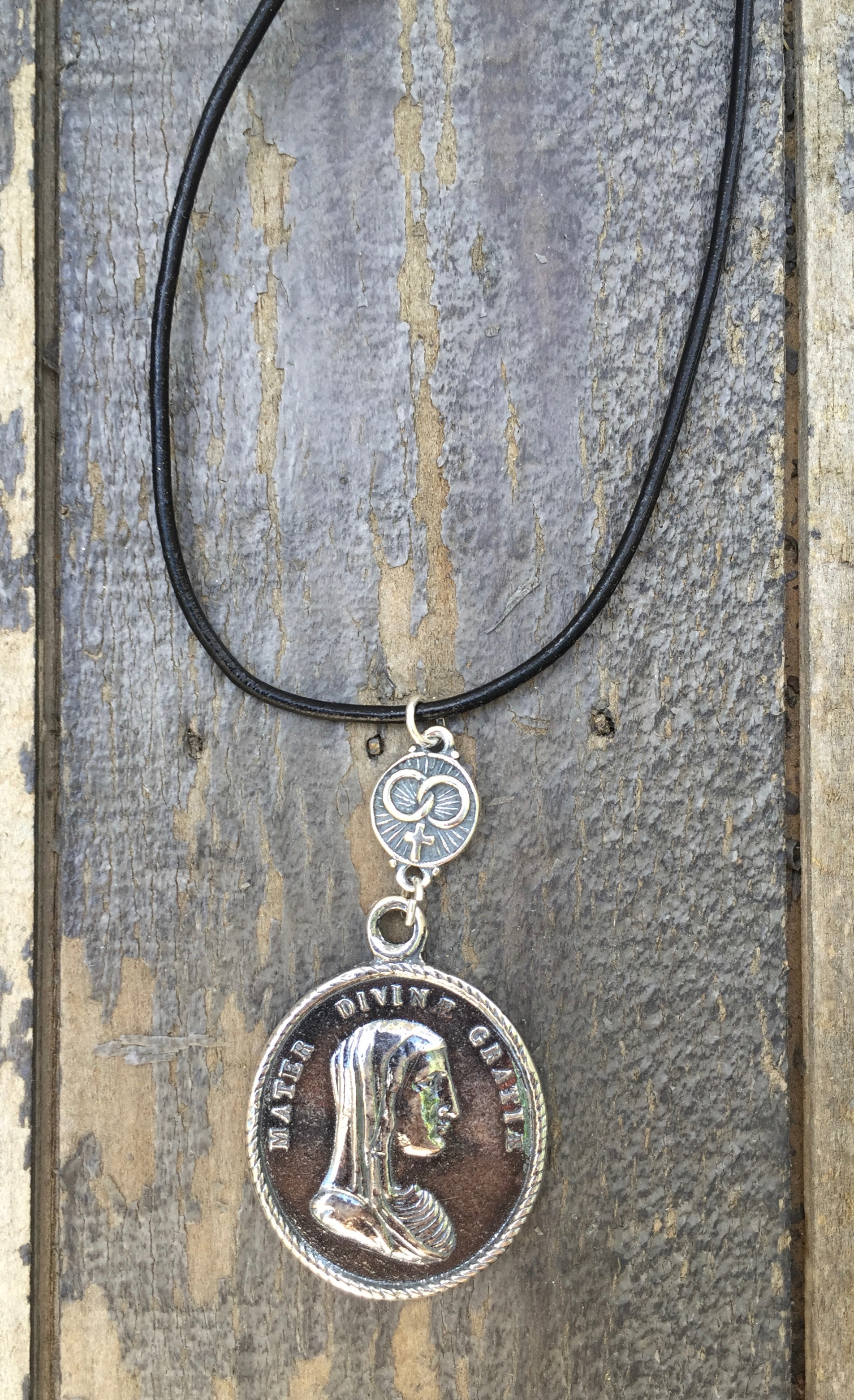 Necklace Of Divine Guidance – Wedding Shield