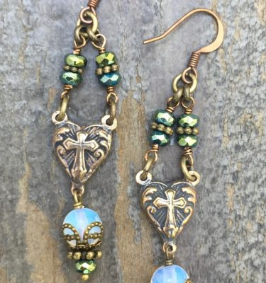 EARRINGS OF DIVINE LOVE