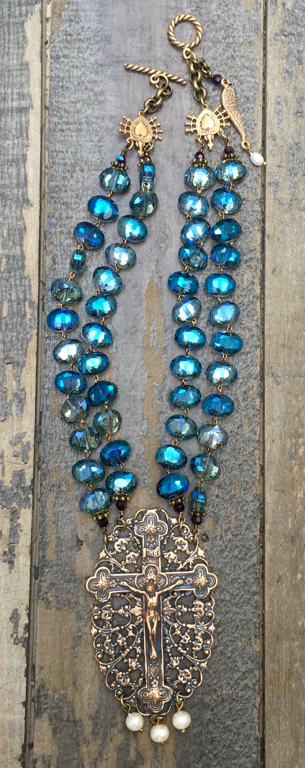 Blue and Garnet Crystal Necklace with Cream Pearls – 12mm